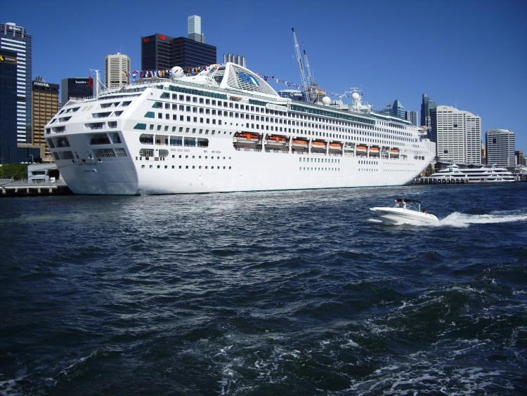 Sun Princess in Darling Harbour